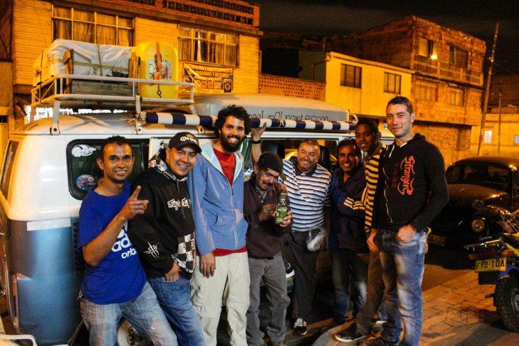 Con los amigos del taller Servi Hervy de Bogotá