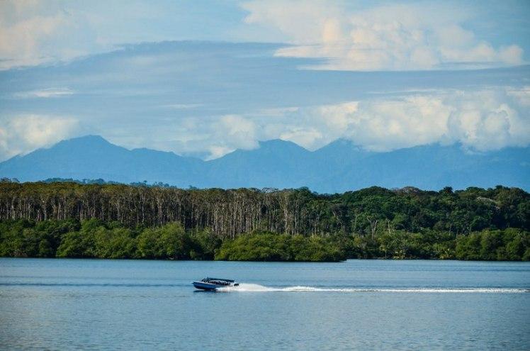 En el Ferry rumbo a Bocas del Toro