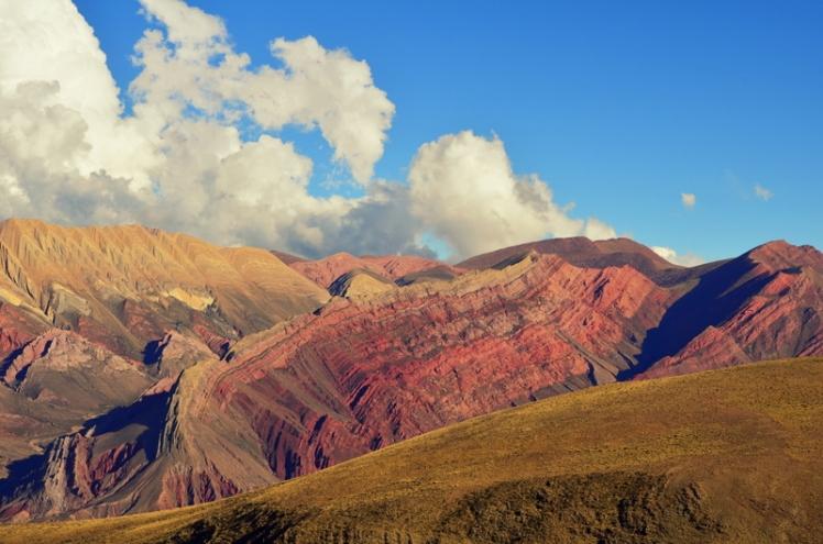 Hornocal o Cerro de los 14 colores en Jujuy, de lo más imponente