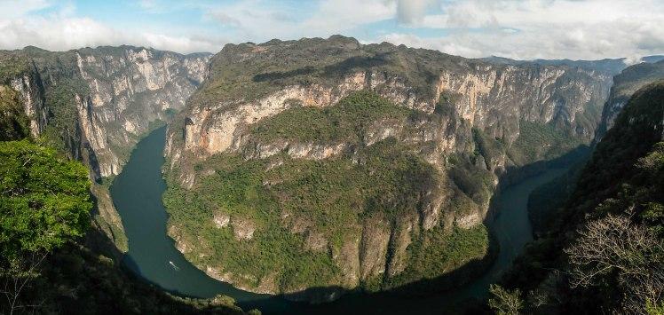 Vista desde uno de los miradores del Cañón del Sumidero