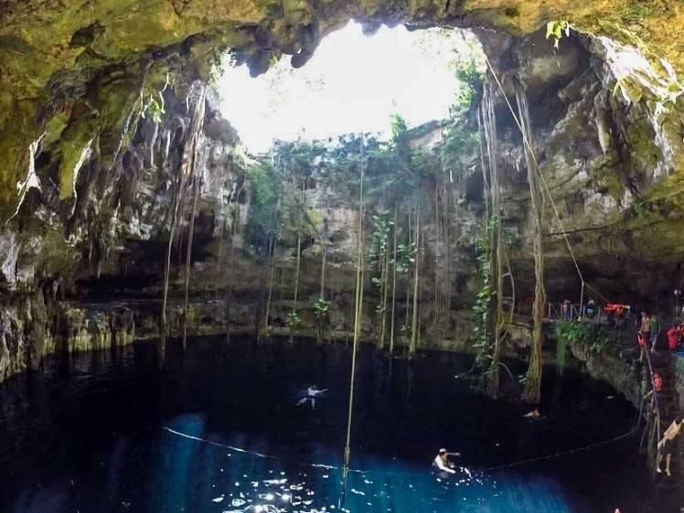 Cenote Oxman en Valladolid, Yucatán