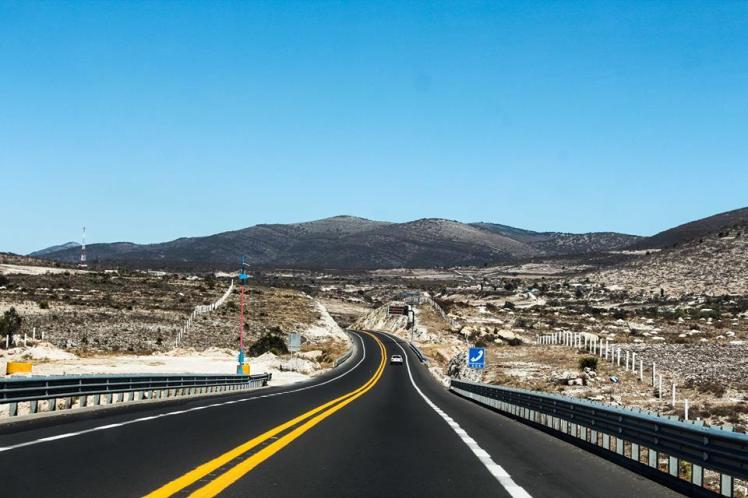 Carretera de cuota entre Oaxaca y Puebla