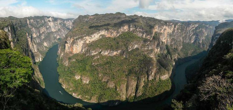Imponente el Cañón del Sumidero, Chiapas.