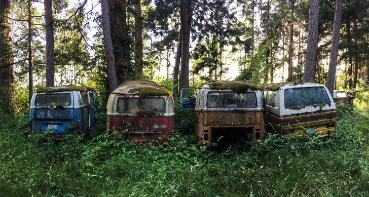 Cementerio de Kombis en Baine / Buses cemetery at Blaine