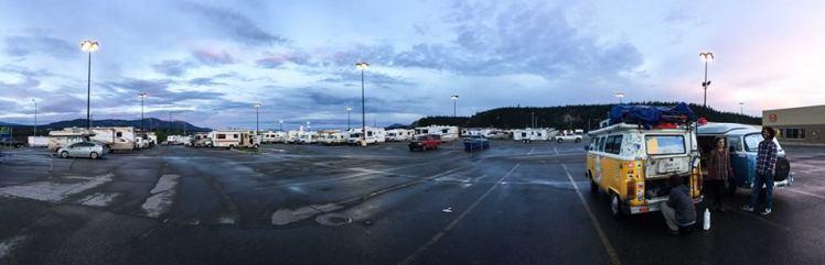 Camping en Walmart, Whitehorse