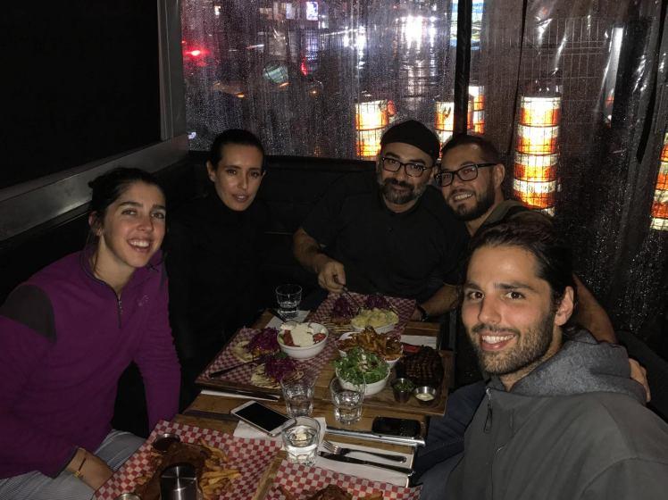 Cena con Daniel, Vanusa y Ale / Dinner with new friends