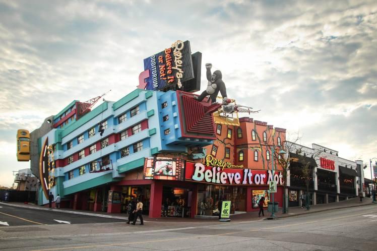 La extraña ciudad de Niagara. / Weir Niagara City
