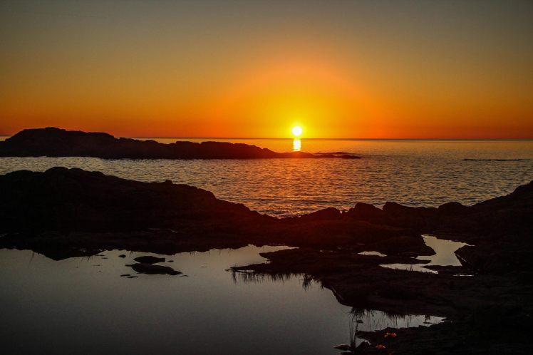 Atardecer en la playa en el Lago Superior. / Sunset at Lake Superior
