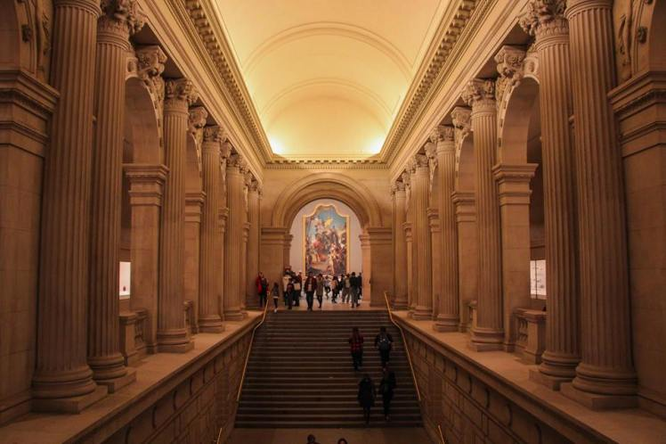 Adentro del Metropolitan Museum
