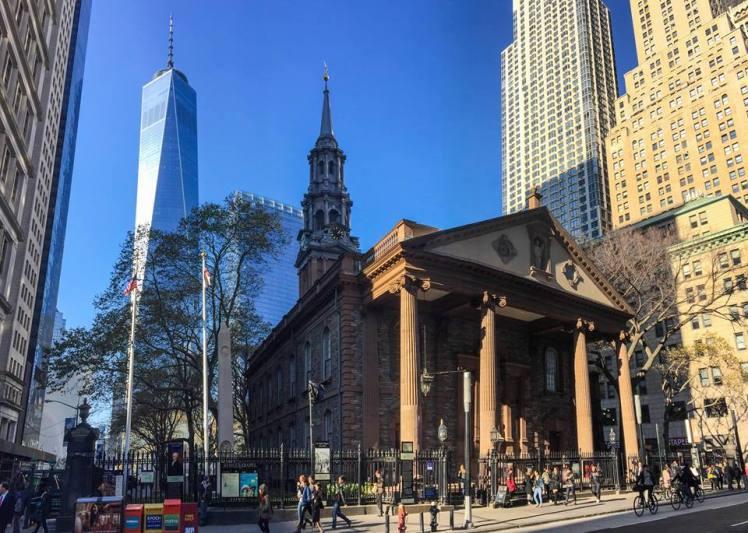 St. Paul´s Chapel y la Freedom Tower
